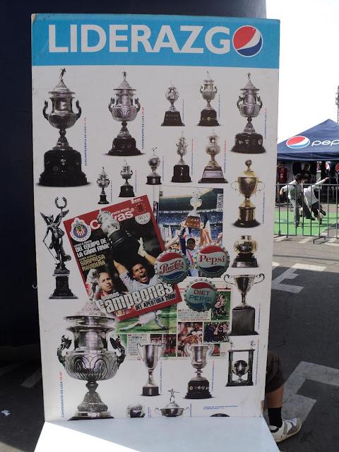 Todas las Copas de las Chivas en un poster