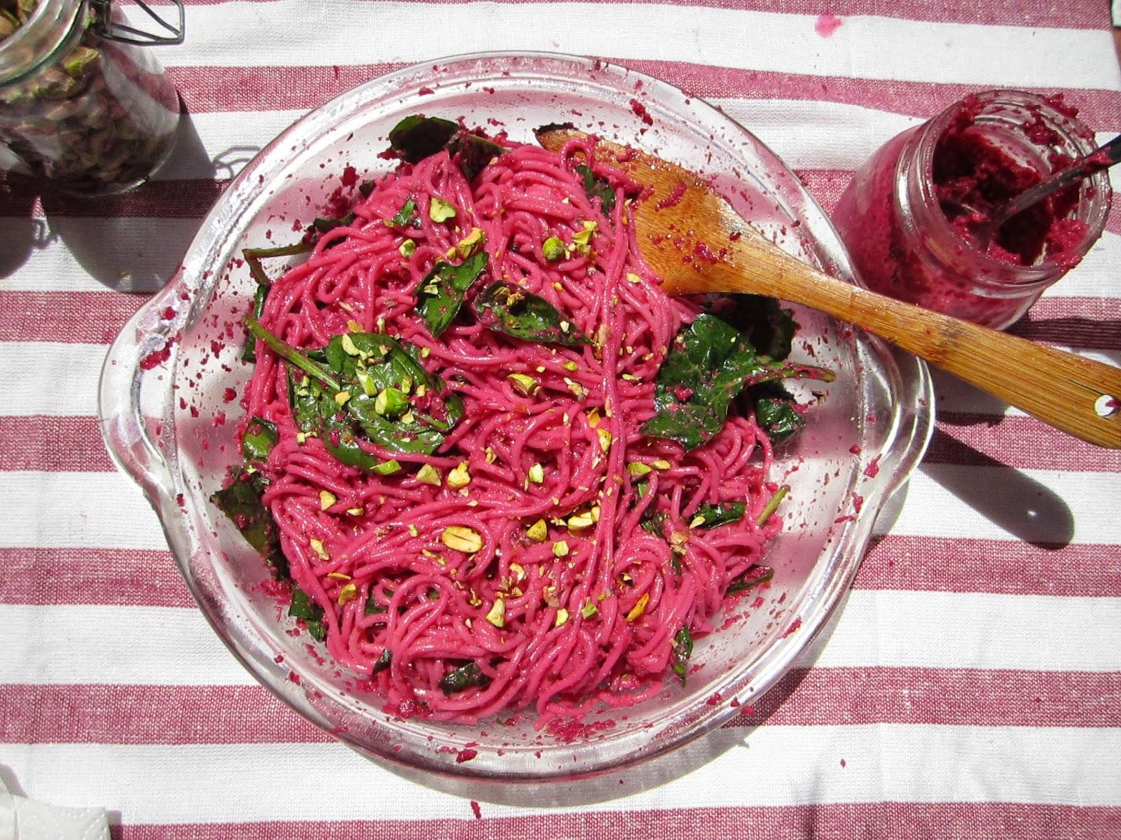 El restaurante del fin del mundo espaguetis rosas con for Espaguetis para dos