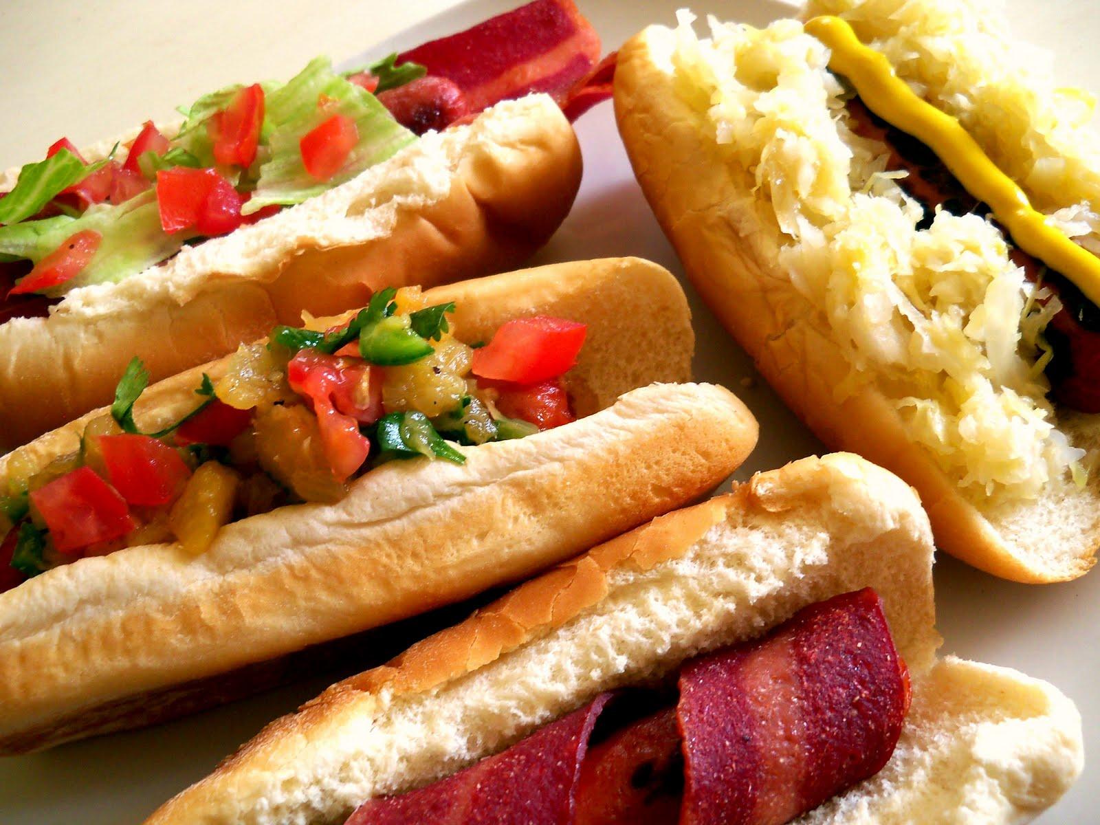 Hot Doggin Food Truck Saskatooon