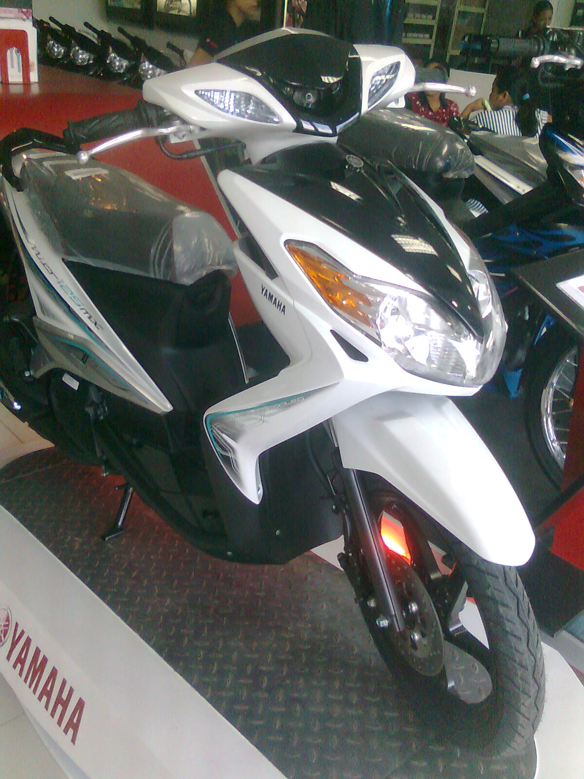2011 Yamaha Mio Mx 125cc Philippines Guidespecs Cover Kipas 5 Color White And Black