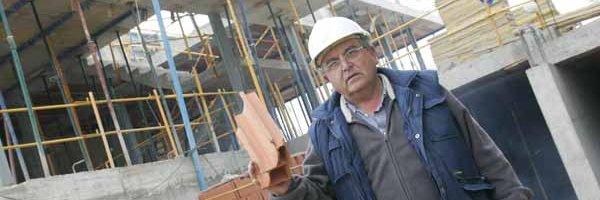 Cómo iniciar una empresa de servicios de construcción