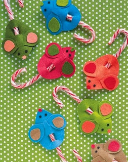 http://manualidadesnavidad.org/manualidades-de-navidad-con-dulces/