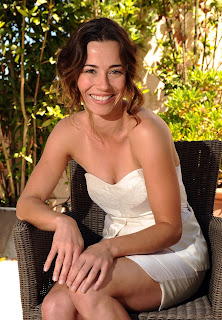 Linda Cardellini in 2011, far from freaky or geeky