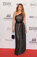 Jennifer Lopez  wearing a black lace dress