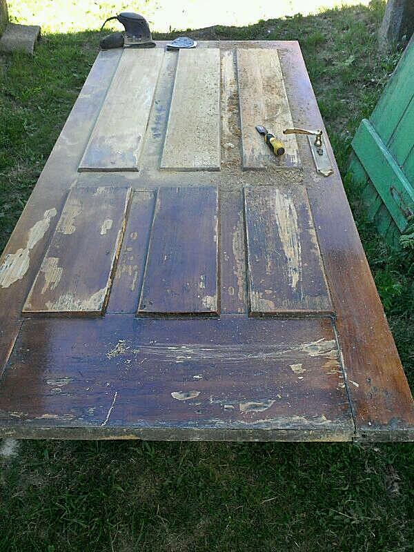 Restauraci n de puerta de madera bricolaje for Como restaurar una mesa de madera