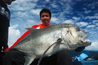 Rindu Sama www.michaelRisdianto.blogspot.com Tentang pancinger, bulan, hujan dan ikan-ikan Raja Ampat