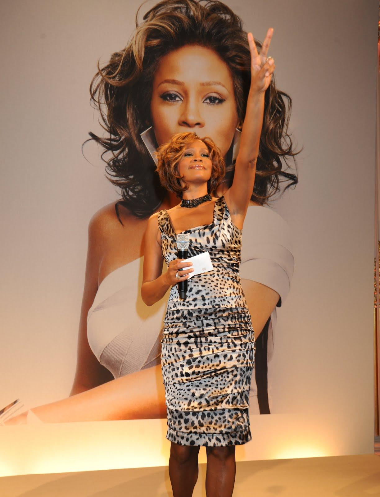 http://2.bp.blogspot.com/-VI07NIeW2ac/TztLqe1fo9I/AAAAAAAAAIc/C1LVgU7h6D0/s1600/Whitney_Houston_Dead.jpg