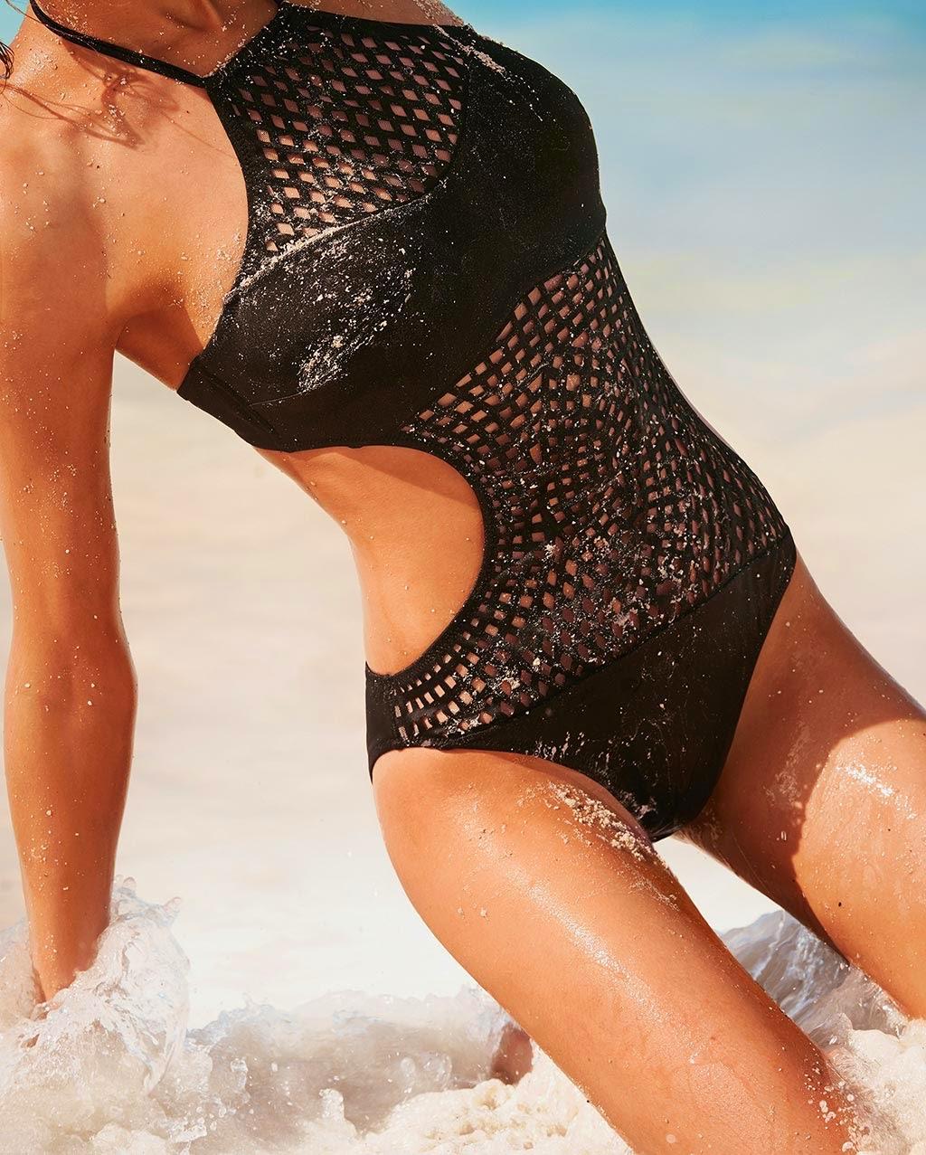 Sezon kąpielowy czas zacząć. Najmodniejsze wzory kostiumów kąpielowych 2014