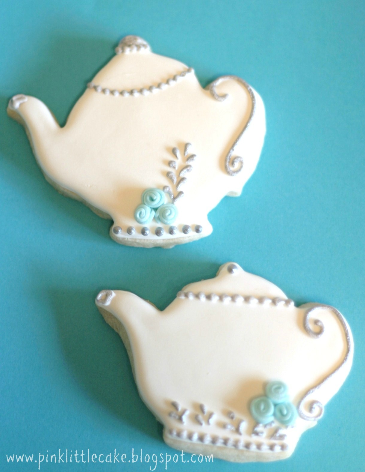 how to use fondant icing cookies