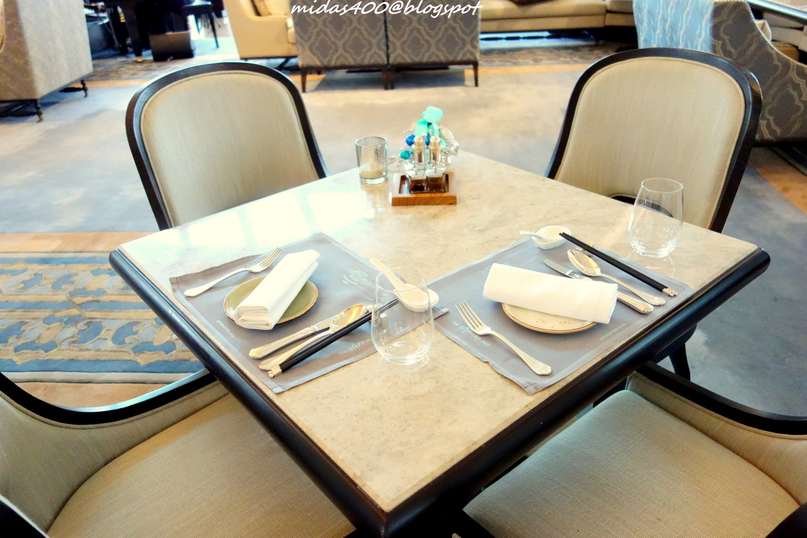 Simple restaurant table setting - At Exactly 3 30pm The Restaurant Opens For Afternoon Tea And We Were Ushered Swiftly To Our Seats Check Out The Simple And Chic Table Settings And