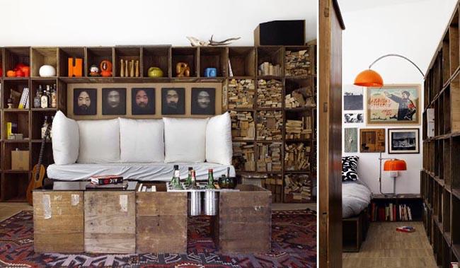 diseño interior en un loft con cajas de madera salon con sofa y mesa baja