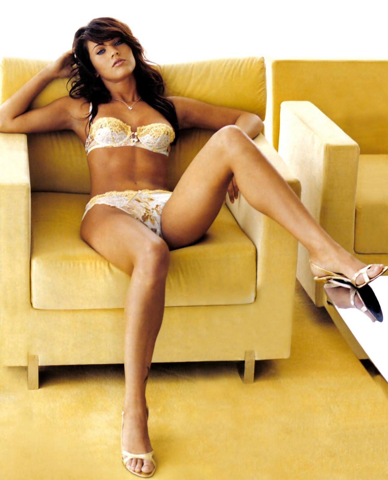 megan fox at sofa nude sex ready Megan%2BFox%2Bhot%2BBody youtube movies sexy hot nude xxx sex video indian girls: Megan Fox hot Body ...
