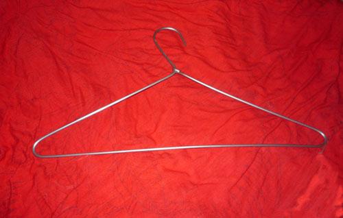 Venta de ganchos de ropa for Gancho colgador de ropa