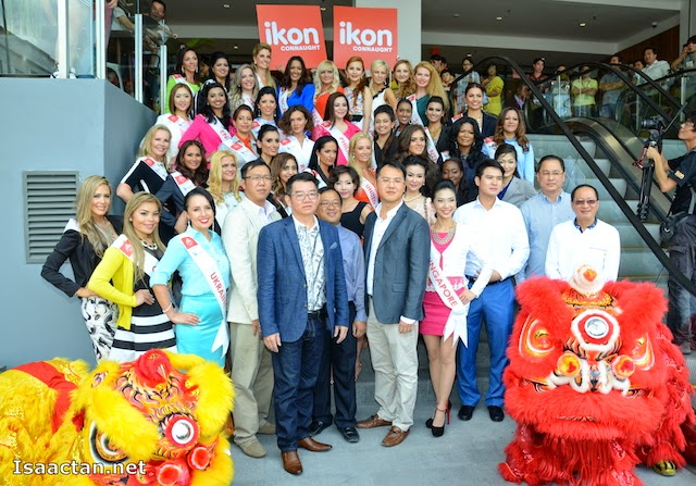 Group Photo of Mrs Universe 2014 delegates at ikon Connaught soft opening