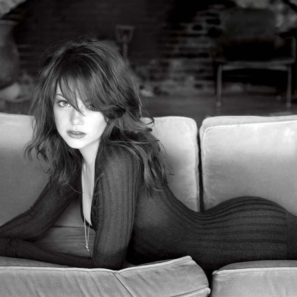 Emma Stone Hot Photoshoot in Black Dress 10