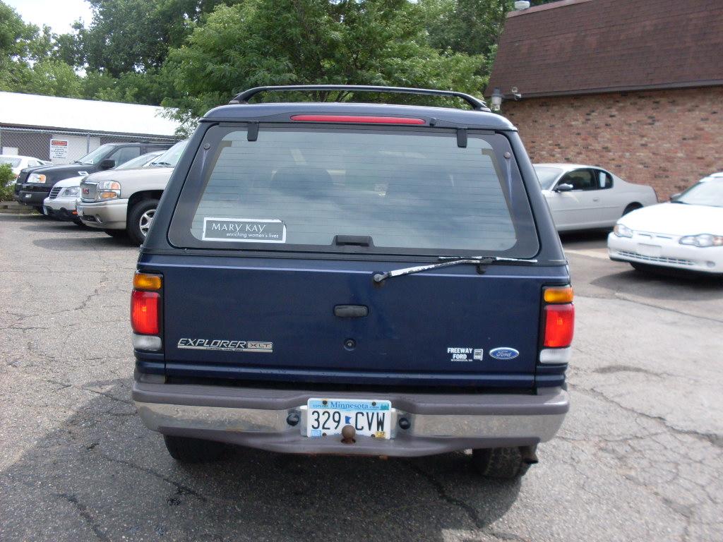 Ride Auto 1996 Ford Explorer