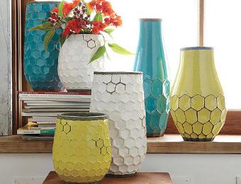 Decoraciones y mas decora la sala con modernos jarrones for Decora tu sala moderna