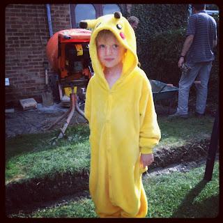 boyin pikachu costume