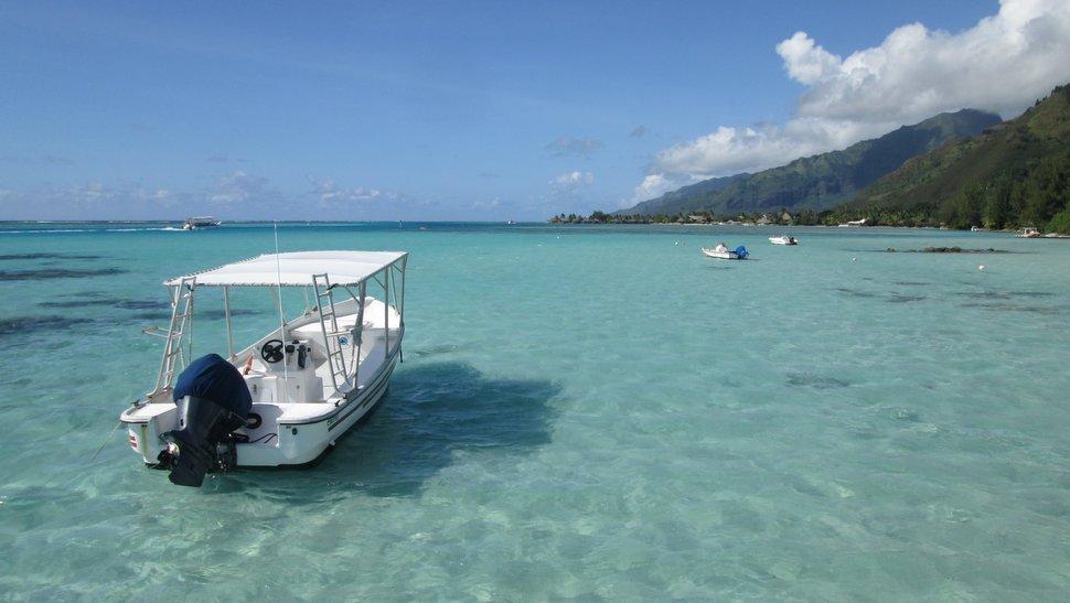 Lagon bleu à Tiahura Moorea - Pointe Hauru