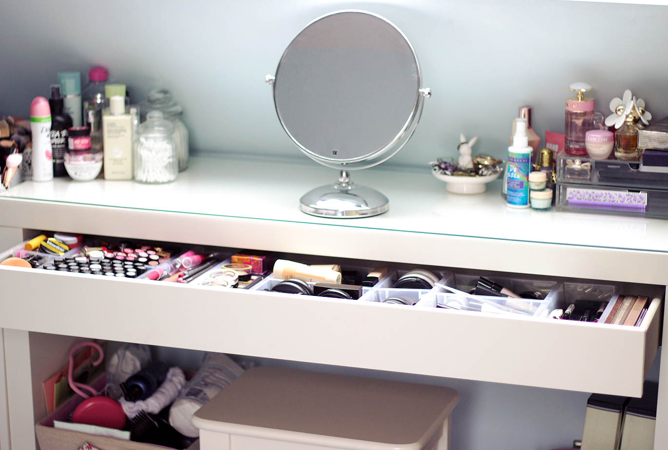 Makeup Collection, Makeup storage, Ikea Malm bbloggers, Ikea malm makeup storage