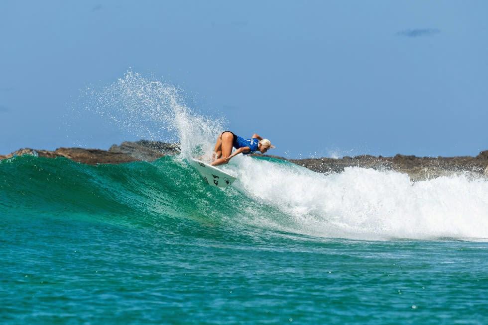 5 Roxy Pro Gold Coast 2015 Tatiana Weston Webb Foto WSL Kelly Cestari