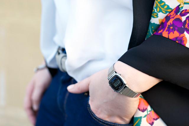 silver casio watch
