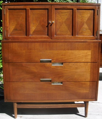 American Of Martinsville Inlaid Wood U0026 Staggered Aluminum Pulls Danish  Modern Style Upright Chest Of Drawers