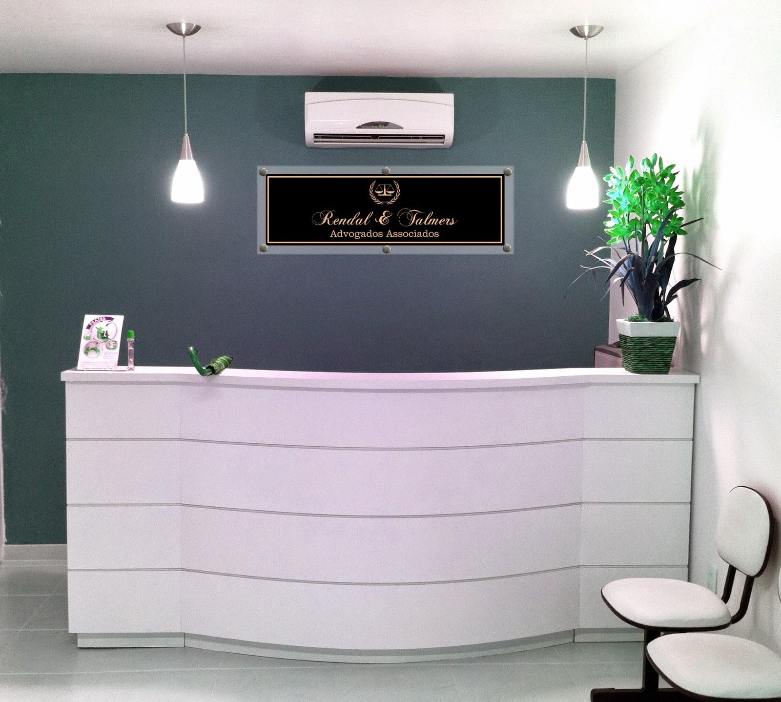Placa Cristal Clínica Veterinária Salão Contabilidade Hotel #33733C 1600x1438