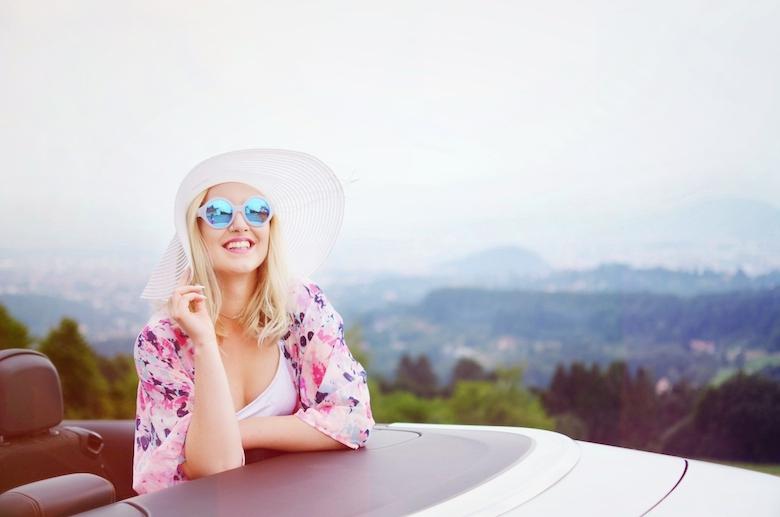 Sonnenbrille_Le_Specs_The_Dandy_blau_spiegelnd_Blogger_ViktoriaSarina