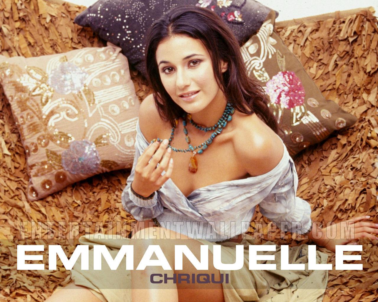 http://2.bp.blogspot.com/-VKJRVG_ZwEE/TnwYqU6luSI/AAAAAAAAP90/OjGI-Ls-Ssg/s1600/Emmanuelle-Chriqui_HD-Wallpapers_01.jpg