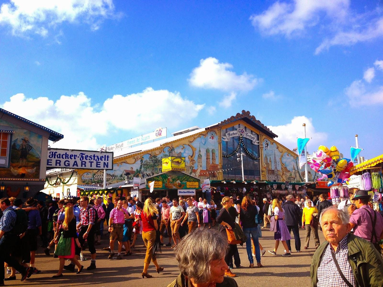 Hacker Festzelt Oktoberfest 2014