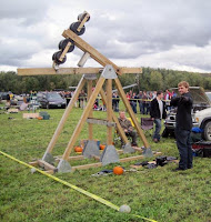Trebuchet Pumpkin Chuckin Festival Stowe VT_New England Fall Events