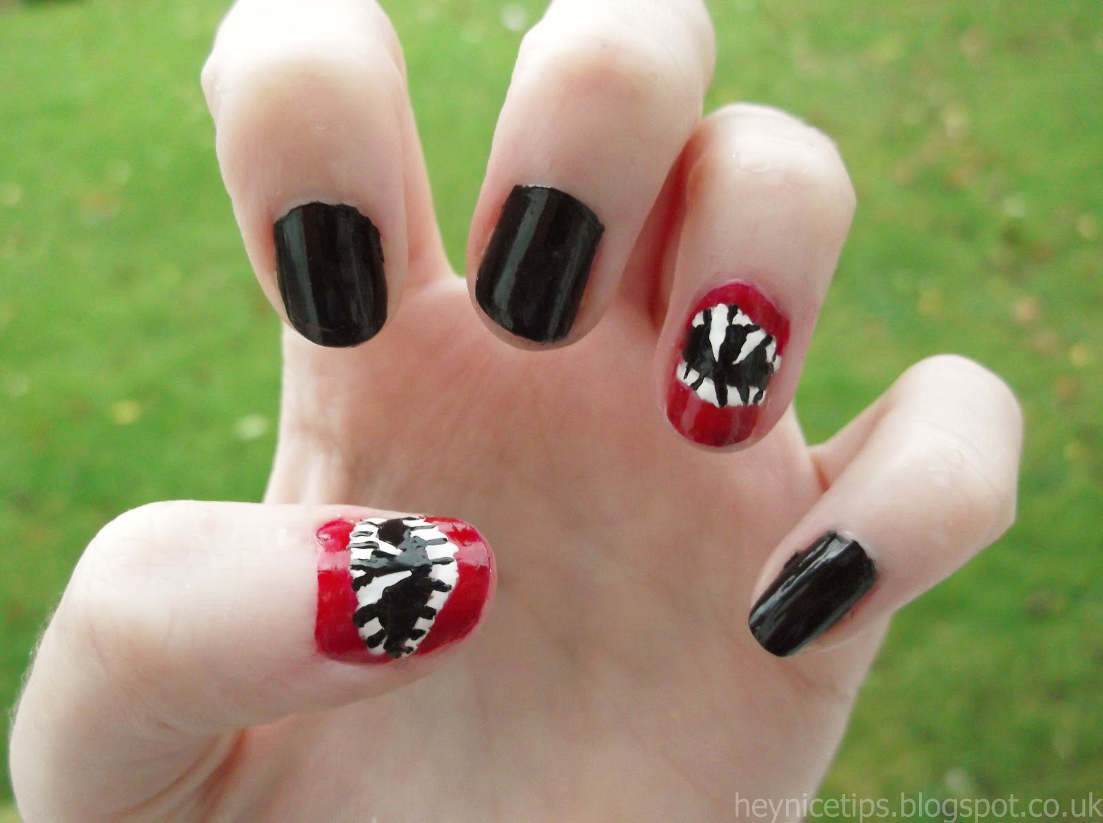 Hey nice tips october 2012 and this is the finished vampire fang halloween nail art prinsesfo Choice Image