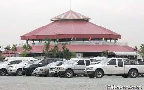 Stadion VIP sabung ayam laga thailand di Samut Prakan