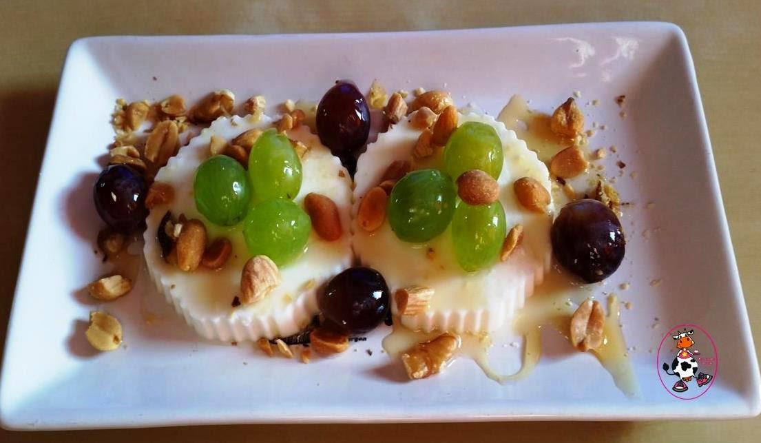 Queso Con Uvas,miel Y Frutos Secos