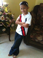 addy wearing levi's jeans & polo shirt..