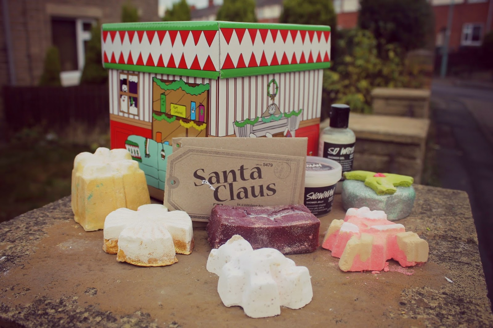 Santa Claus Is Coming To Town Gift Set