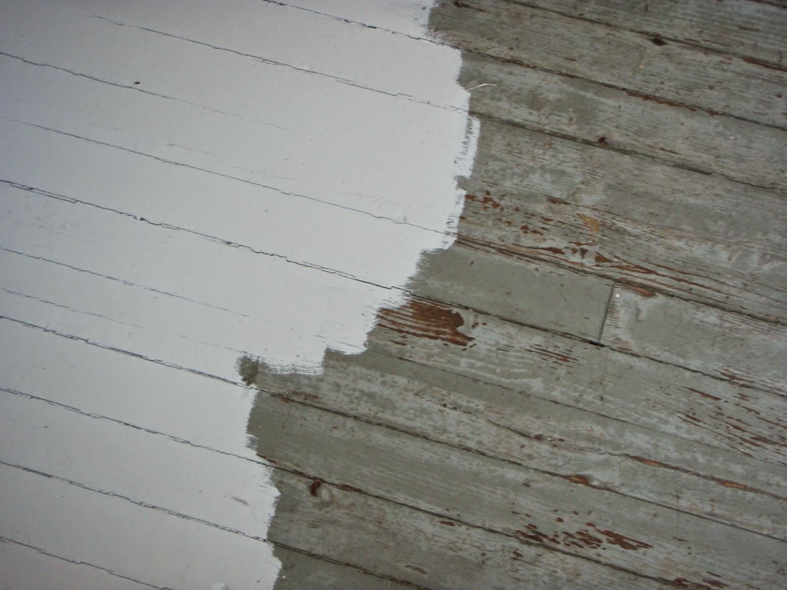 Blondi ja rintamamiestalo Pientä pintaremonttia  verannan lattia