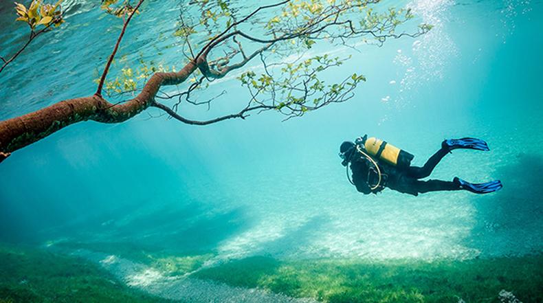 Gruner See, Estiria: Un parque que se convierte en un lago en verano