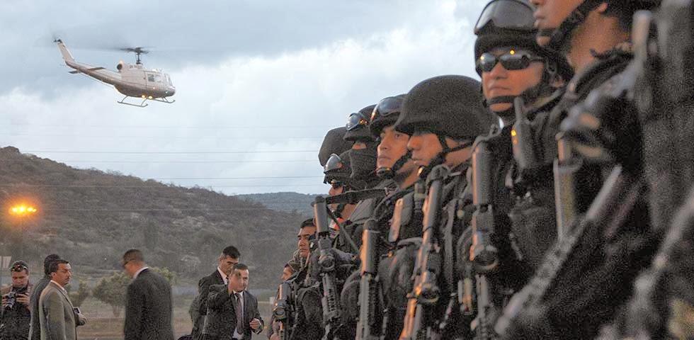 Michoacan Bajo Fuego.  Fotogaleria.  Las Victimas de Paracuaro Armadas04