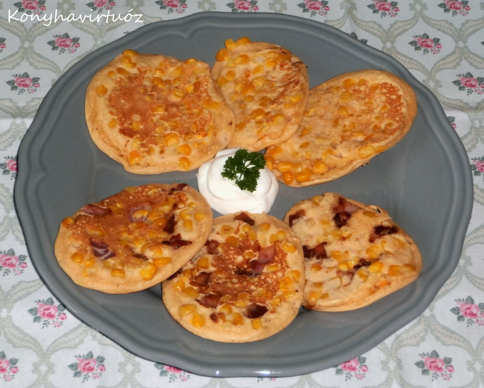 http://konyhavirtuoz.blogspot.hu/2014/03/szalonnas-kukoricas-amerikai-palacsinta.html