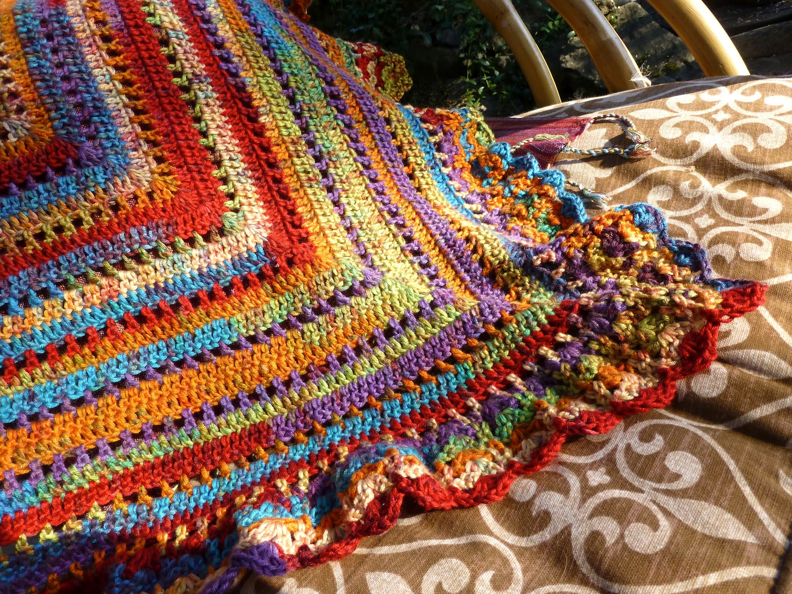 yarn art color garden : I Just Love The Colors In This It S Deborah Norville S Serenity Garden Yarn It S Microfiber Very Soft And The Color Is Gems