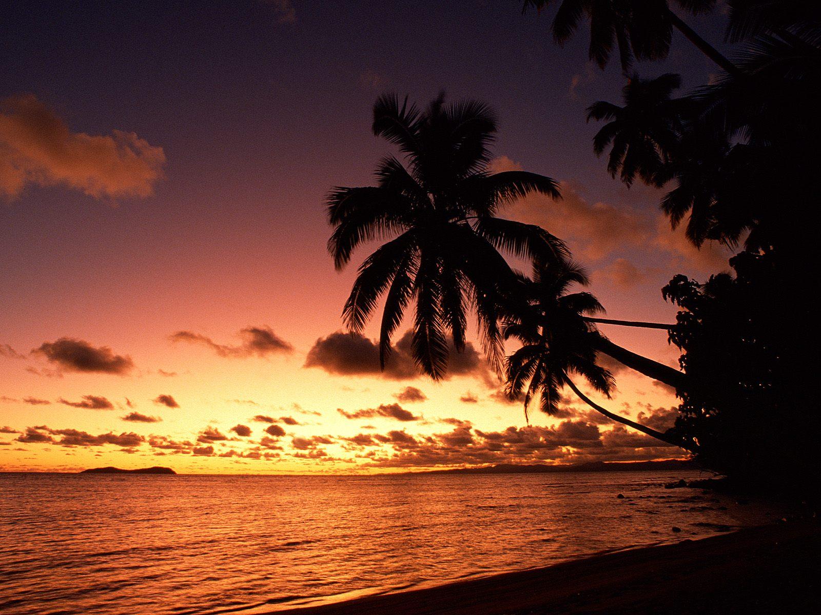 http://2.bp.blogspot.com/-VLmVF1uqlB8/TlTBFXGw2HI/AAAAAAAABMk/qagWlK9Dgwg/s1600/Island+Sunset%252C+Fiji.jpg