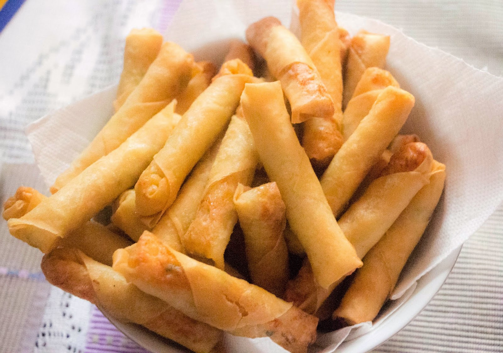 Spring Rolls – Lumpia (Filipino Style) ~ Fongolicious - so delicious ...