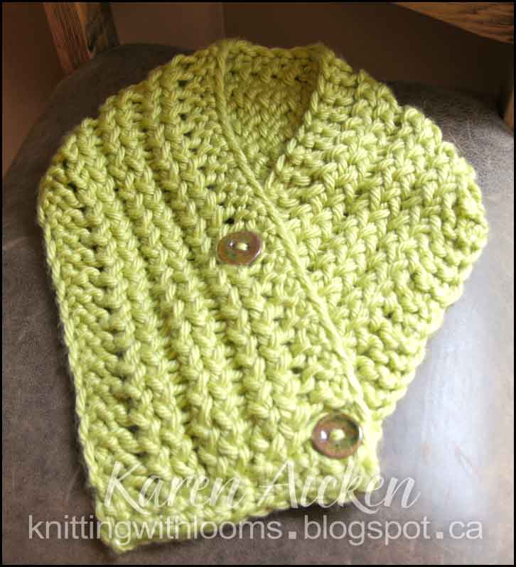 Knitting With Looms: Both Finished \'Montery Lime\' Cowls/Scarflettes