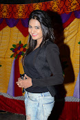 Neha deshpande new photos-thumbnail-3