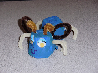 SPRING Crafts - Cardboard Egg Carton Insect...