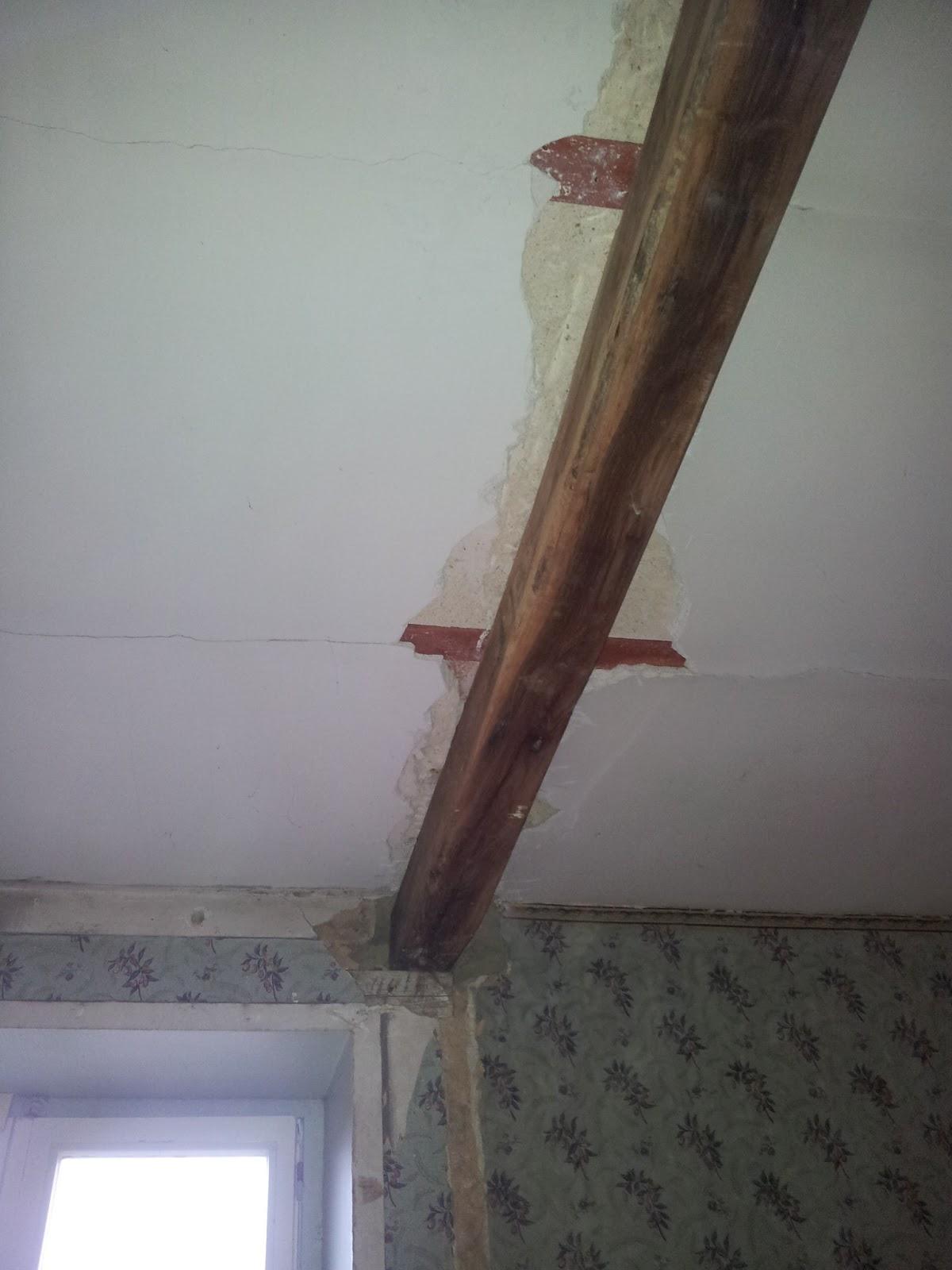 M nessaire stof veel stof - Plafond met balk ...