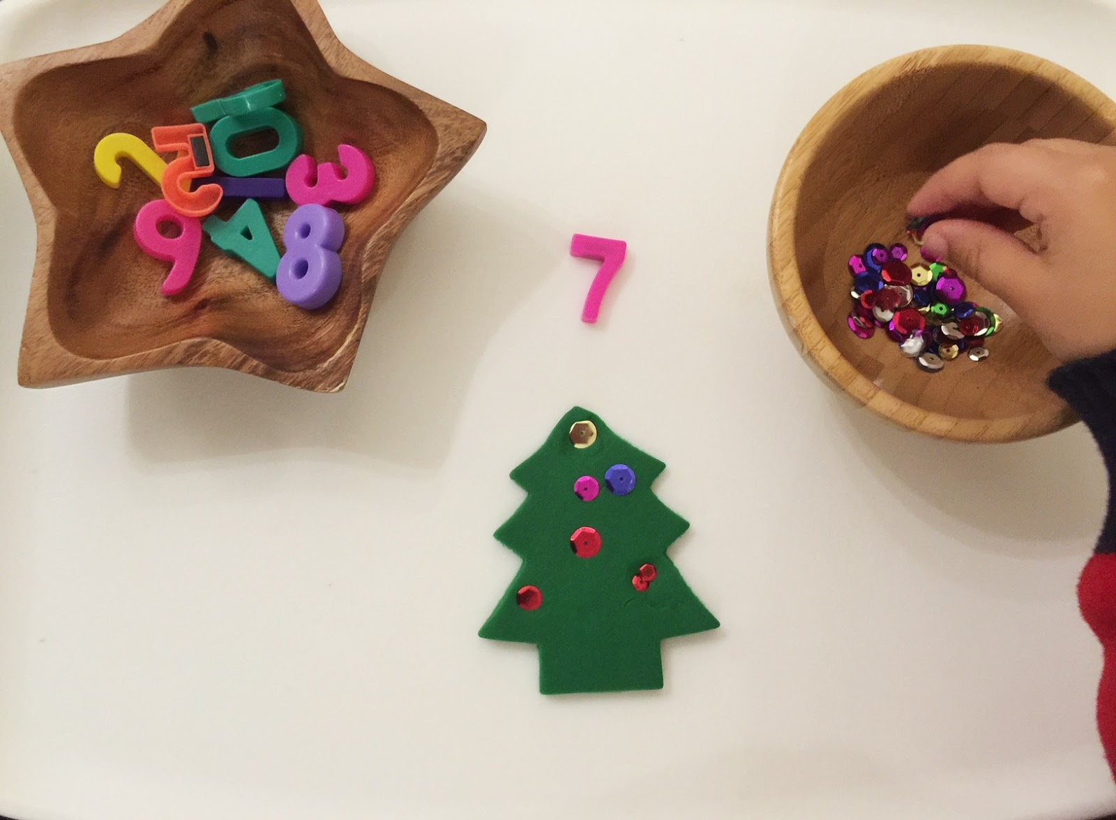 Wugs and Dooey: Christmas Counting Activity