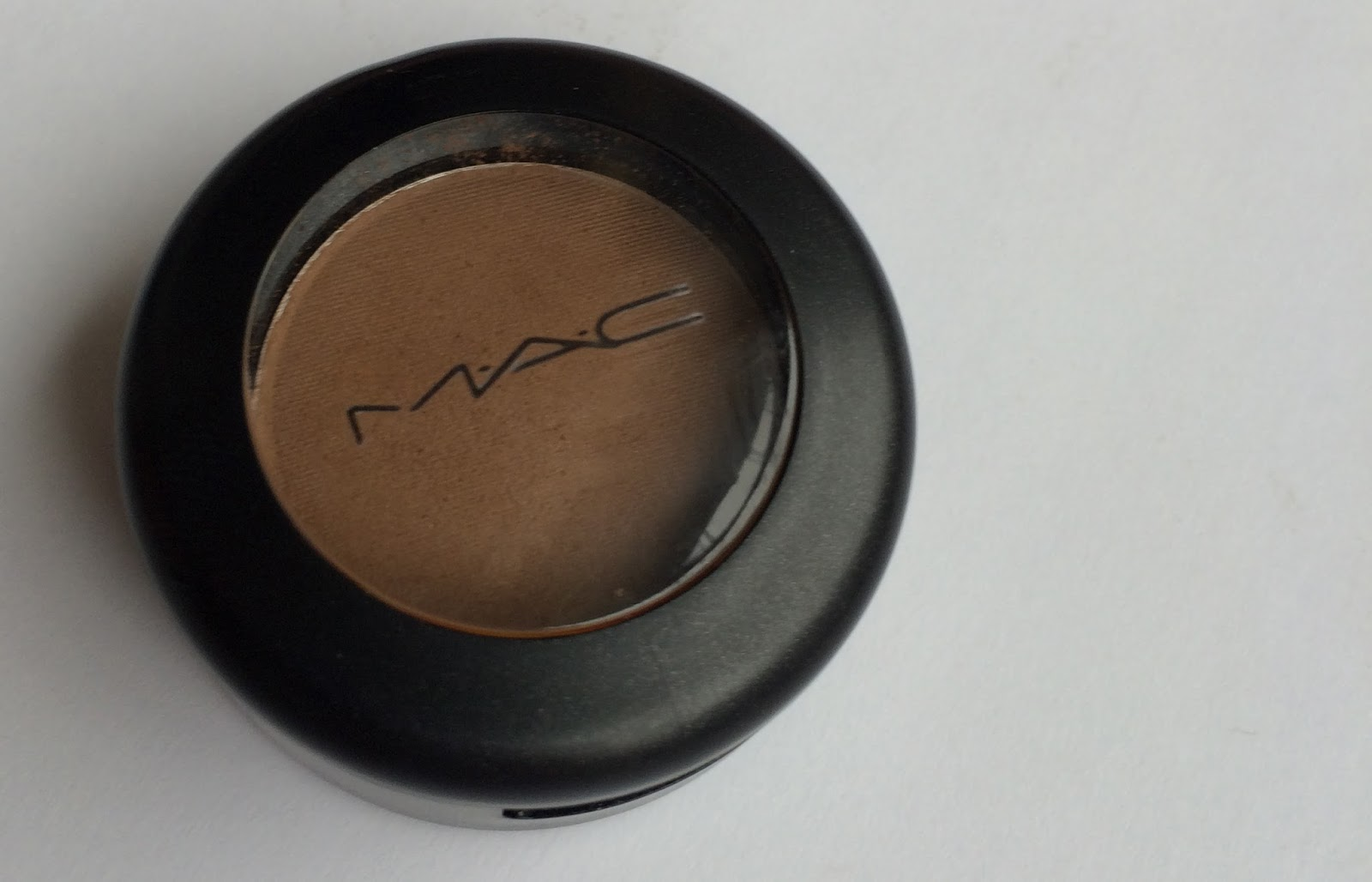 MAC Cork Eyeshadow satin matte
